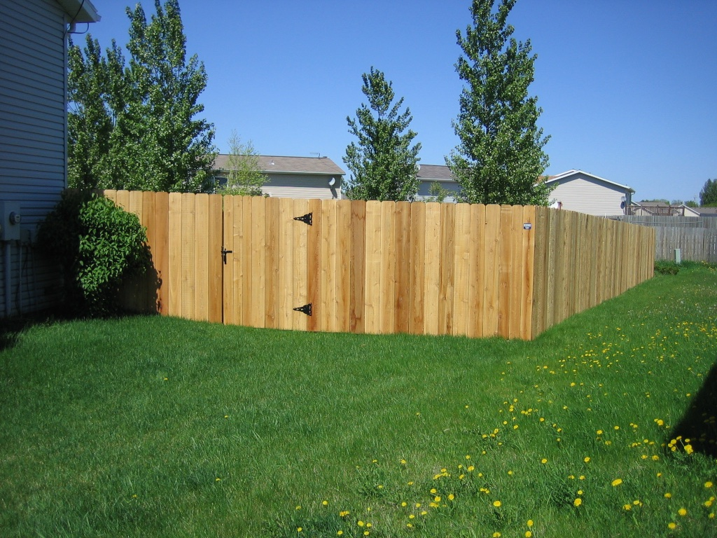 100 wood fence backyard pictures of installed wood fences i